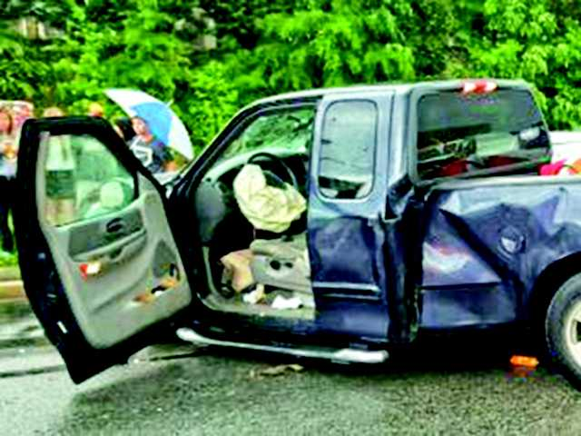 Heavy rains blamed for pre-graduation wreck