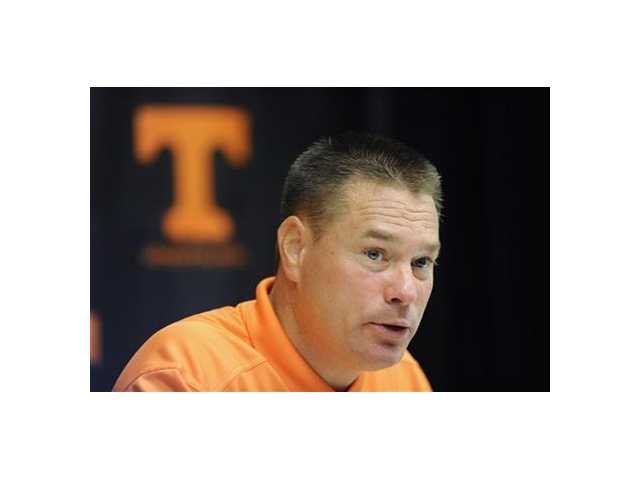 Tennessee football improves APR, avoids penalties