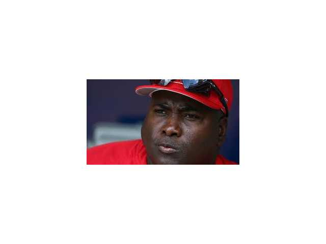Hall of Famer Tony Gwynn dies of cancer at 54