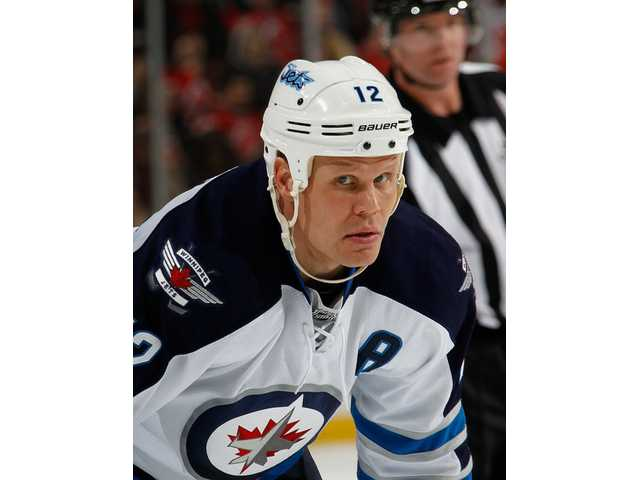 Veteran center Olli Jokinen signs with Predators