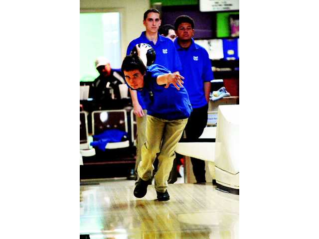 WCHS bowling team looks to make mark
