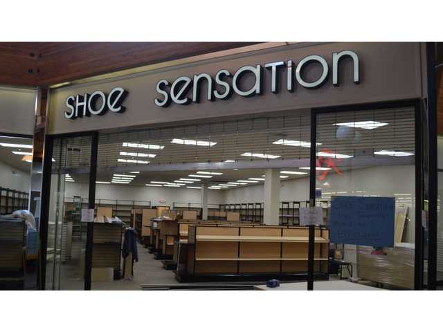 shoe sensation s permanent location at three star mall is in the final