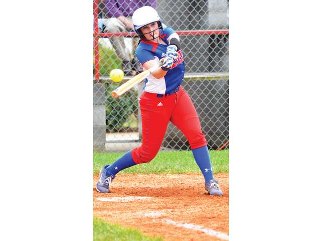 Lady Pioneers lose day game