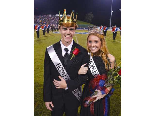 Town celebrates on homecoming