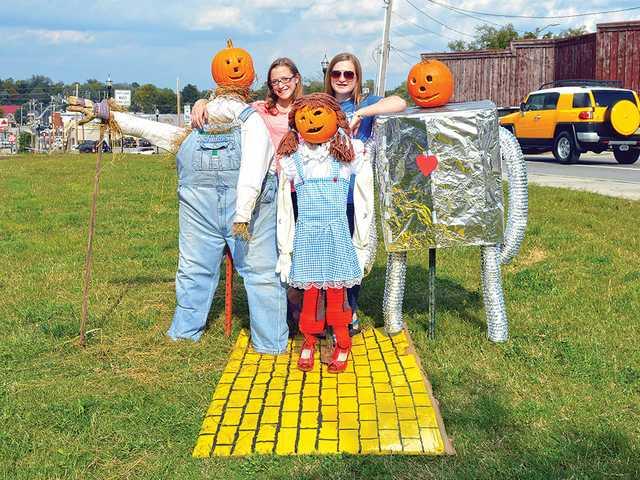 Pumpkin people head downtown