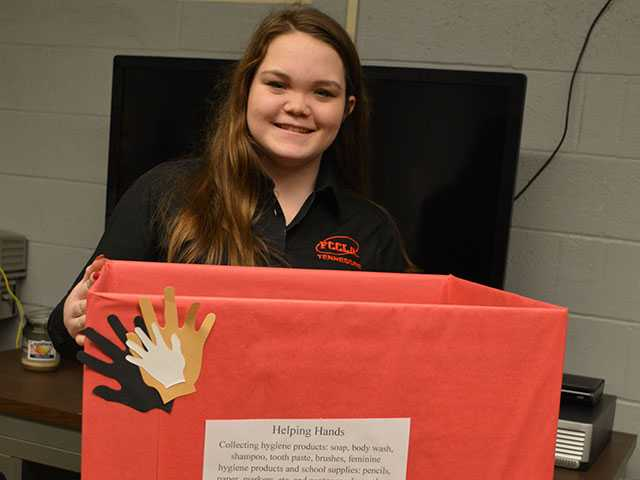 Students lend 'Helping Hands'