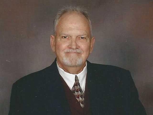 Danny Mayo Wix, 70