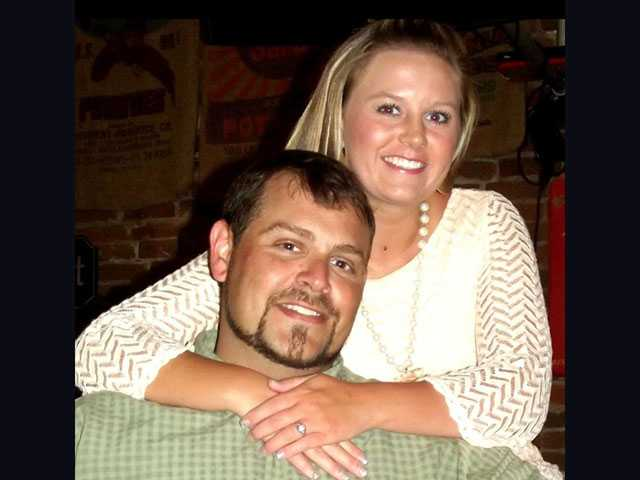 Morris, O'Neal to marry May 28