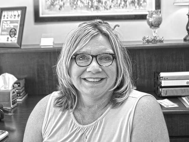 Bess seeks re-election to Warren County School Board