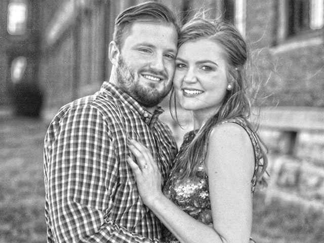 Moore, Scribner set Oct. 1 wedding