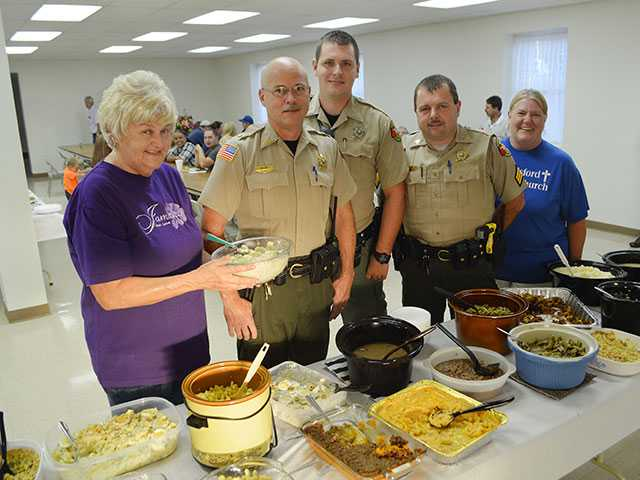 Church serves thank you meal to officers