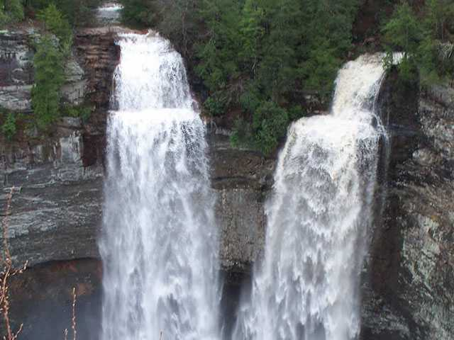 Waterfall tour set