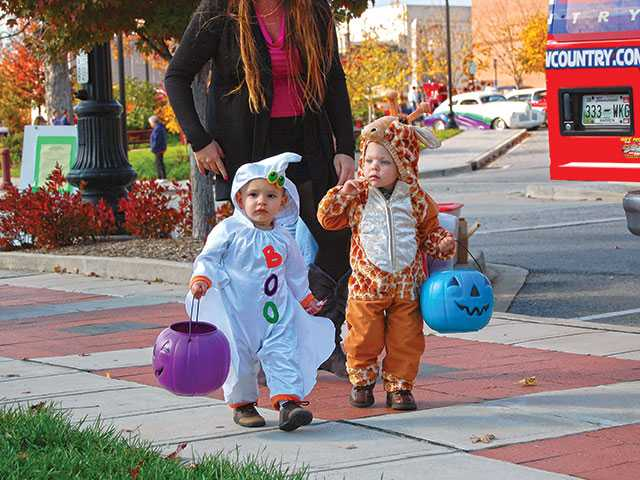 Downtown welcomes trick-or-treaters