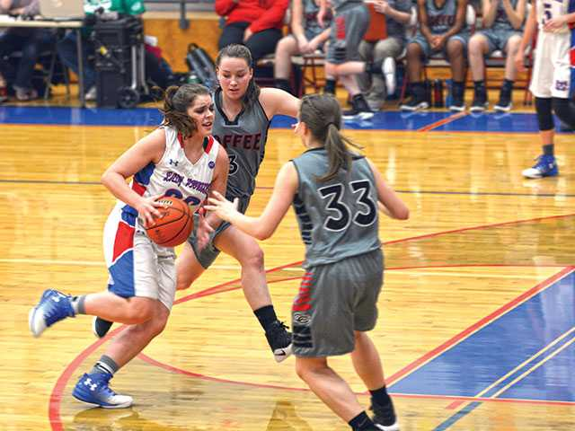 Lady Pioneers fall at home