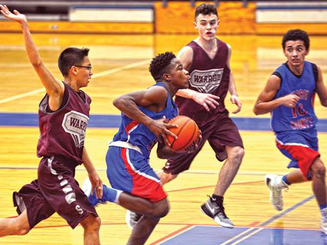 Strong effort falls short for freshman Pioneers