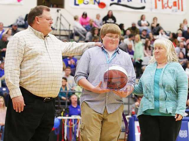 WCHS basketball teams recognize seniors