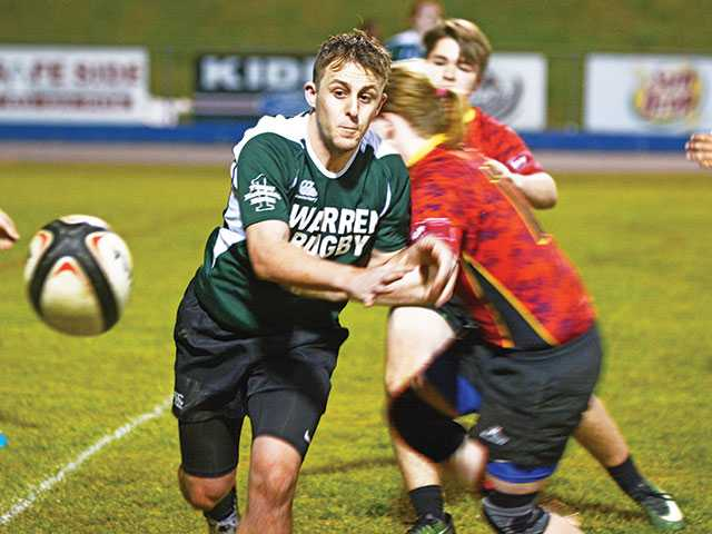 Riverdale edges Pioneer boys rugby team, 14-5