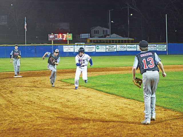 WCMS wins duel on mound, 3-1
