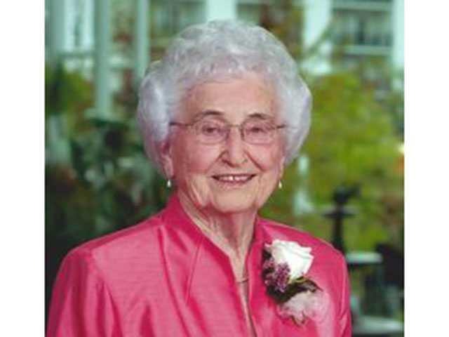 Evelyn Haley Casey, 94