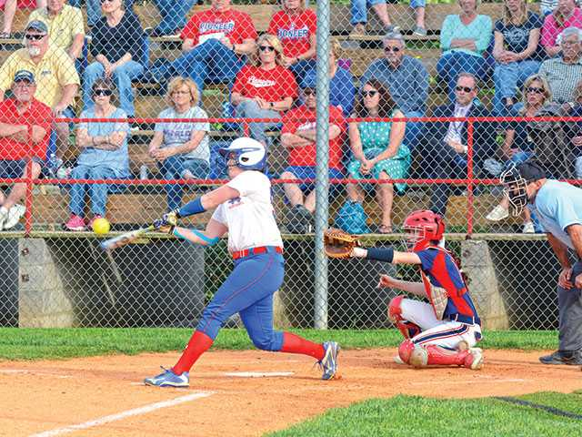 Lady Pioneers win thriller