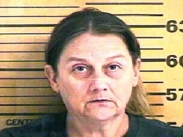 Mother of accused killer Leverett still behind bars
