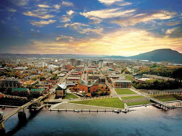 Tennessee Aquarium to celebrate 25th anniversary