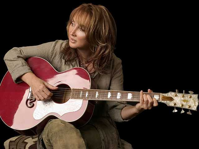 Pam Tillis to brighten stage at Caverns