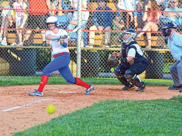 Lady Pioneers remain undefeated in district