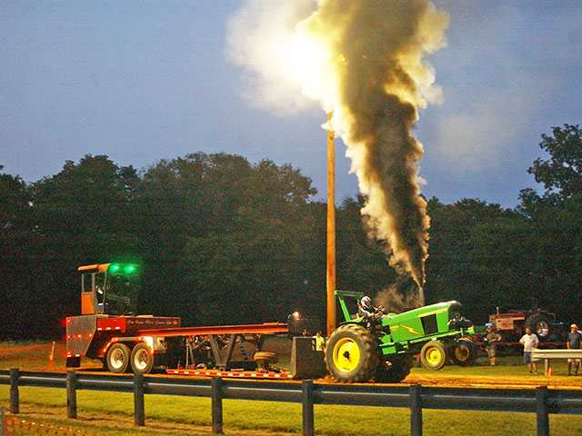 Hitch up for Rumble in the Valley Tractor Pull