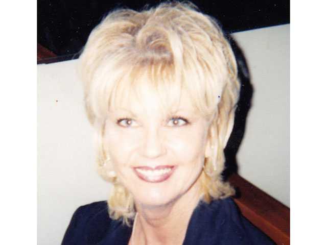 Elizabeth Carlene Howard (Stoner), 58