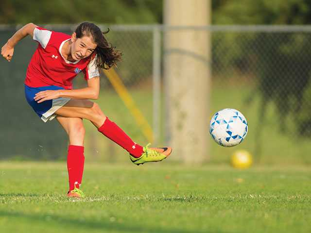 Lady Pioneers notch fifth shutout, stay undefeated