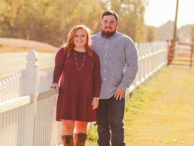 Cox, Johnson to wed Oct. 21