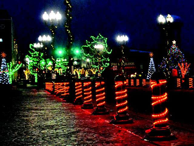 This weekend last chance to see lights