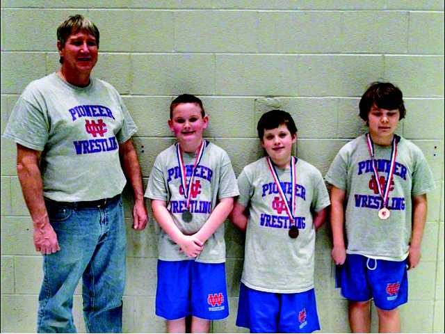Six youth wrestlers make state