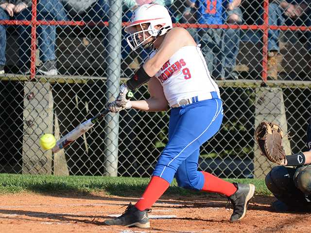 Lady Pioneers fall to Franklin North
