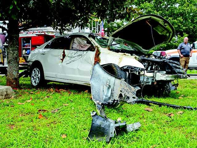 Craven injured in Yager Road crash