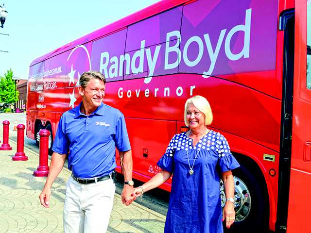 Boyd's tour visits McMinnville