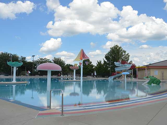 Health scare clears pool