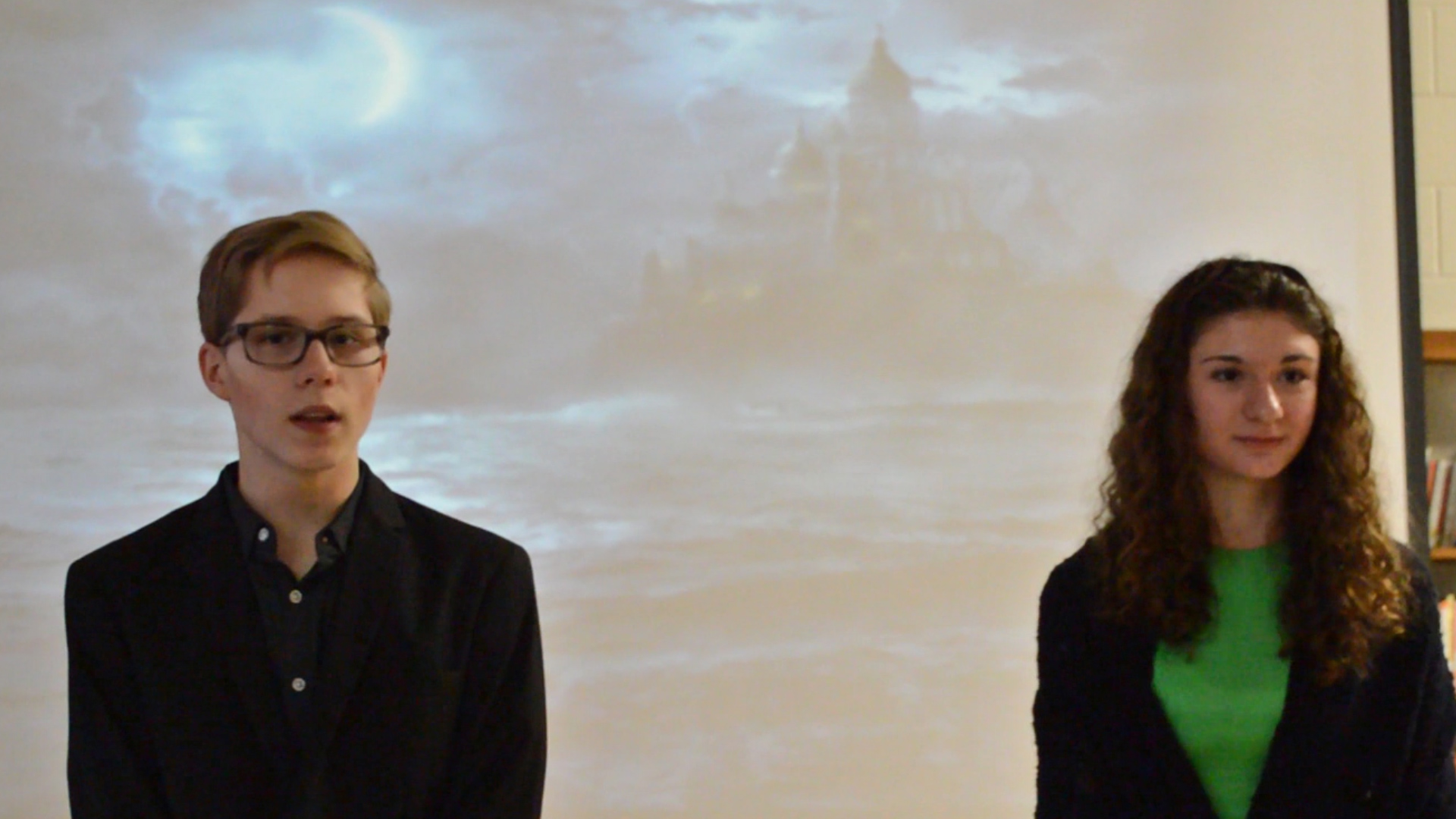 VIDEO - Annabel Lee performed at WCMS
