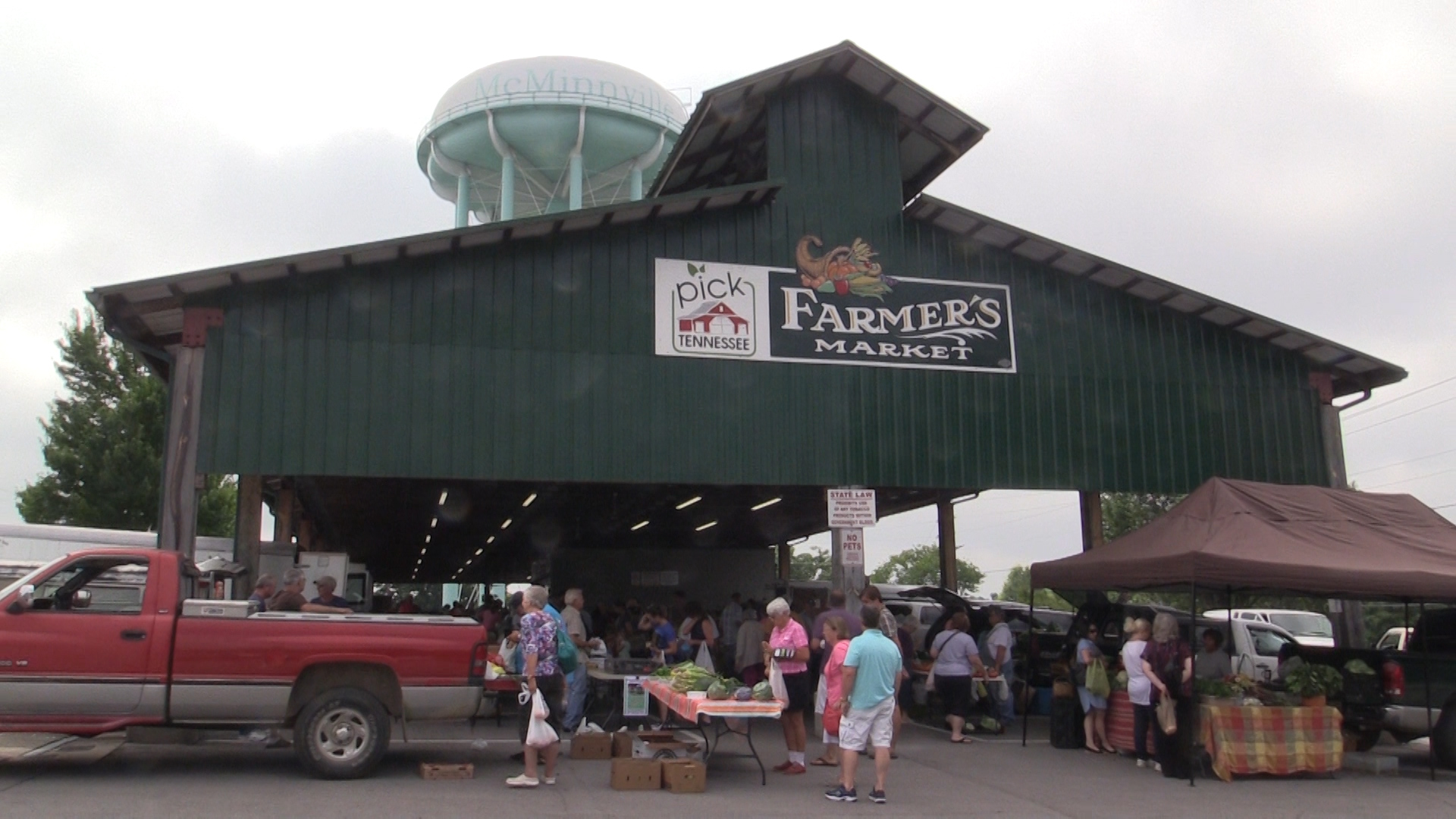 VIDEO: A visit to the Warren County Farmer's Market