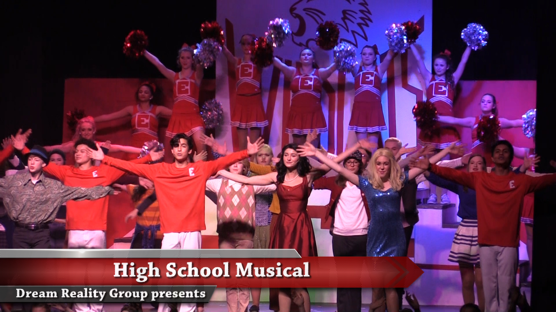 VIDEO - High School Musical plays at the Park