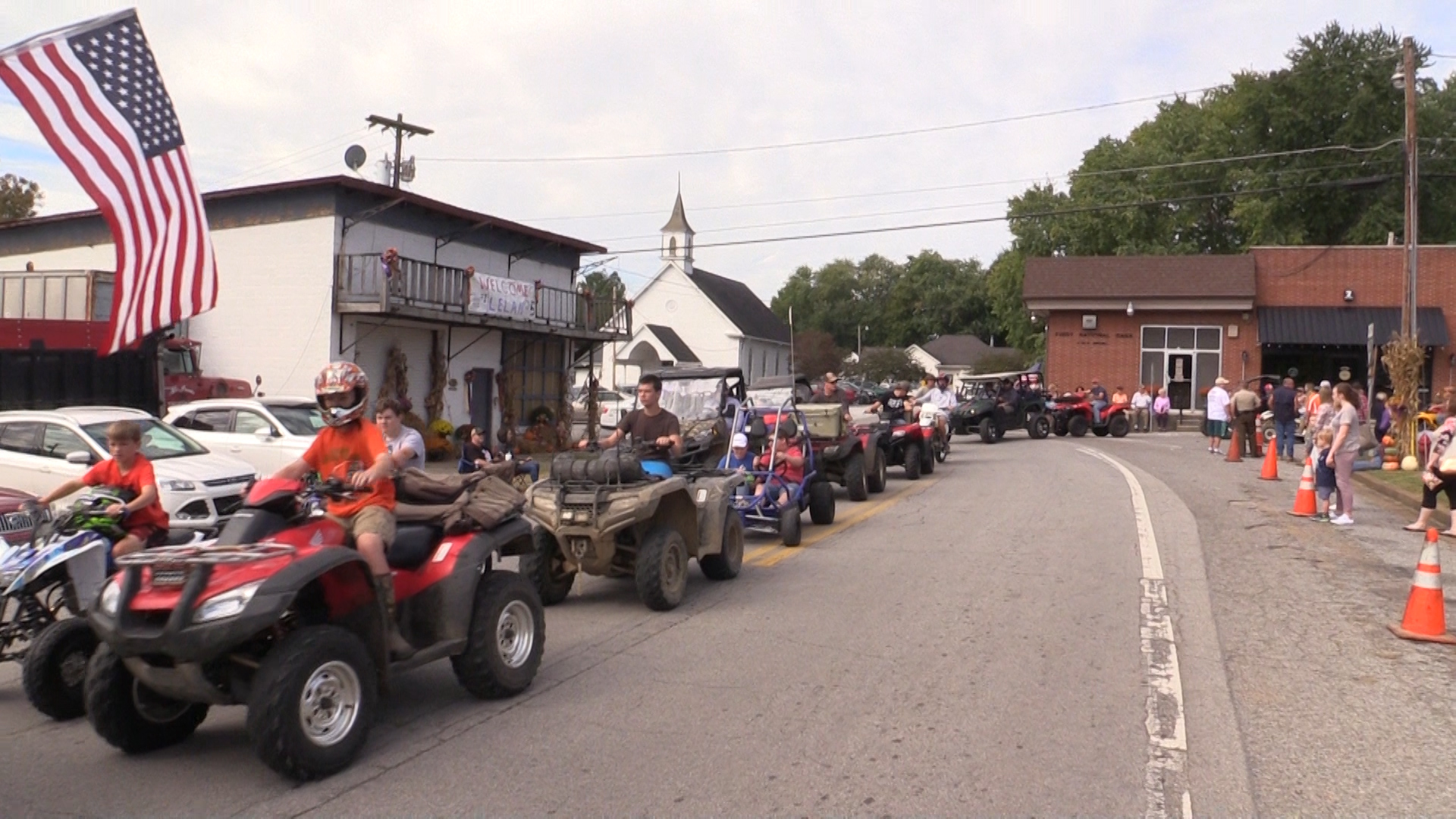 VIDEO - Viola Homecoming Parade