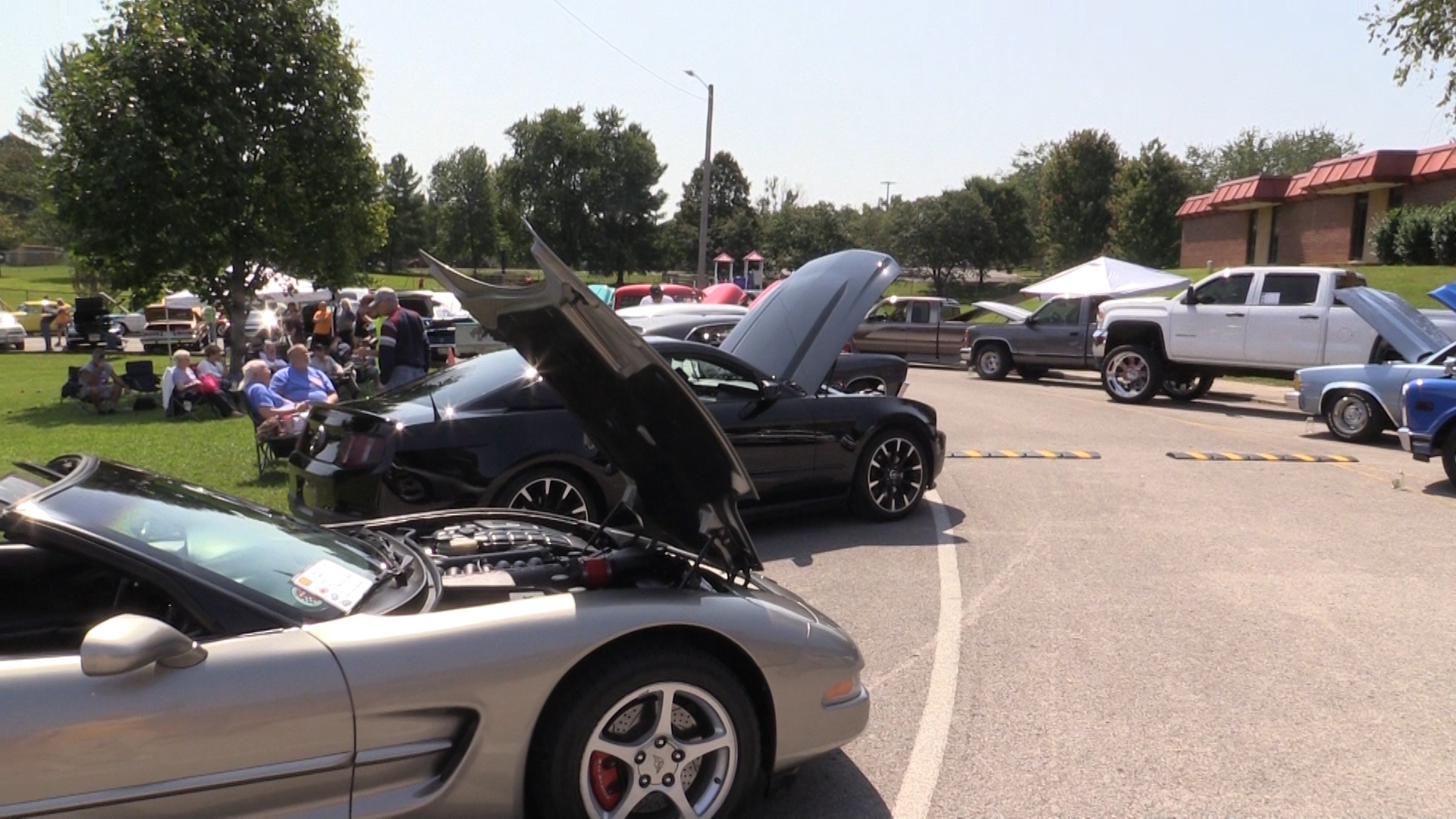 VIDEO - West Elementary Car Show