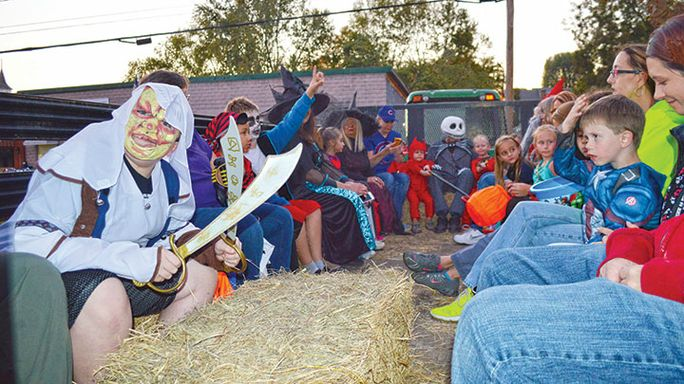 Halloween in Viola: Annual spook-tacular approaches