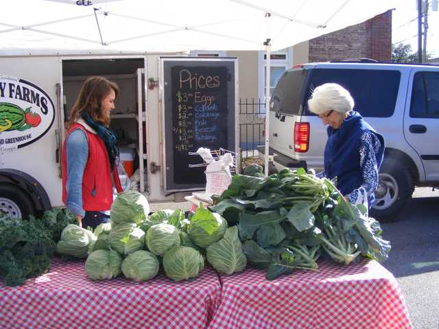 Farmers Market growing