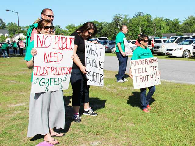 Proposed Palmetto Pipeline draws little support