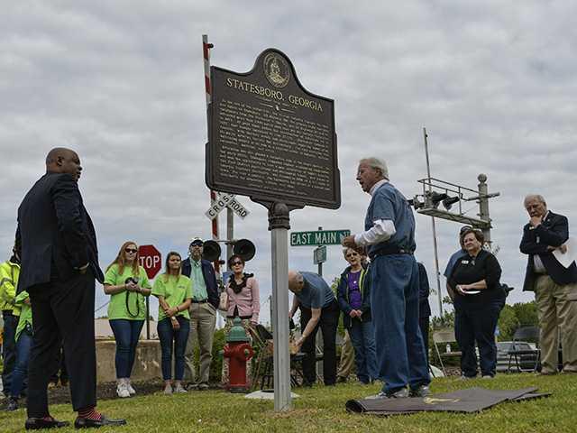 Marker capsulizes Statesboro's history