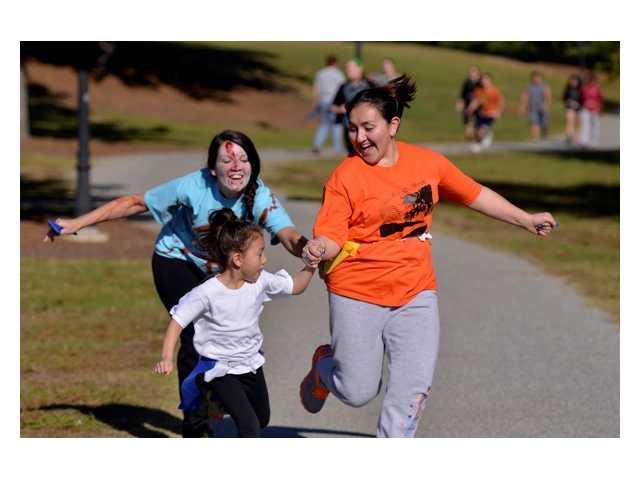 Photo gallery: 2014 Zombie Run