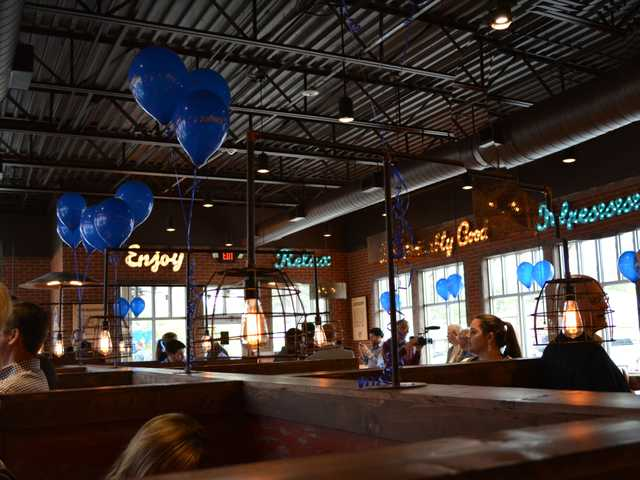 Zaxby's Opens Second History Making Location