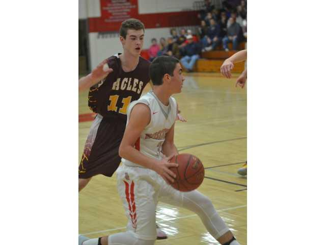 Bulldog boys' basketball season underway